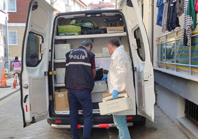 Denizli'nin Pamukkale ilçesinde, hareketsiz yatarken annesi N.U. tarafından bulunan 53 günlük Ali Baran Oslun'un hastanede öldüğü anlaşıldı.