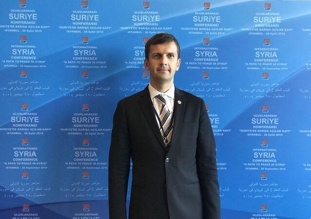 Rus analist-yazar-yorumcu Dr. Ivan Starodubtsev