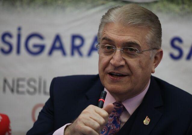 Türkiye Sigarayla Savaş Derneği Başkanı Doç. Dr. Mustafa Aydın