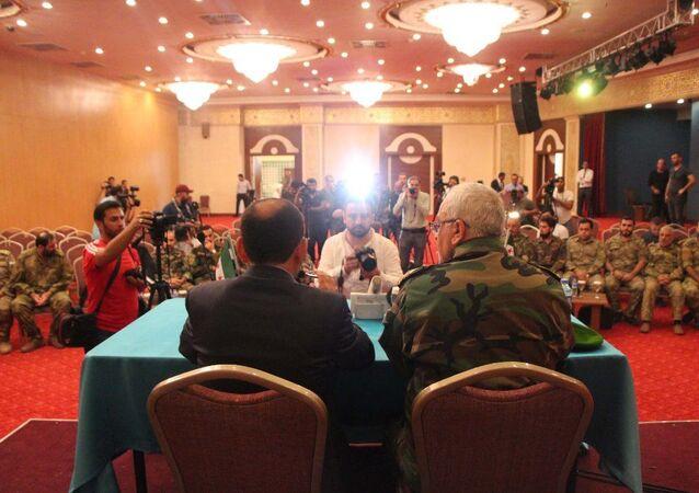 Özgür Suriye Ordusu'nu oluşturan ve daha önce Milli Ordu ve Ulusal Kurtuluş Cephesi adı altında birleşen gruplar tek çatı altında toplandı ve 'Suriye Geçici Hükümeti Savunma Bakanlığı'na bağlandı.