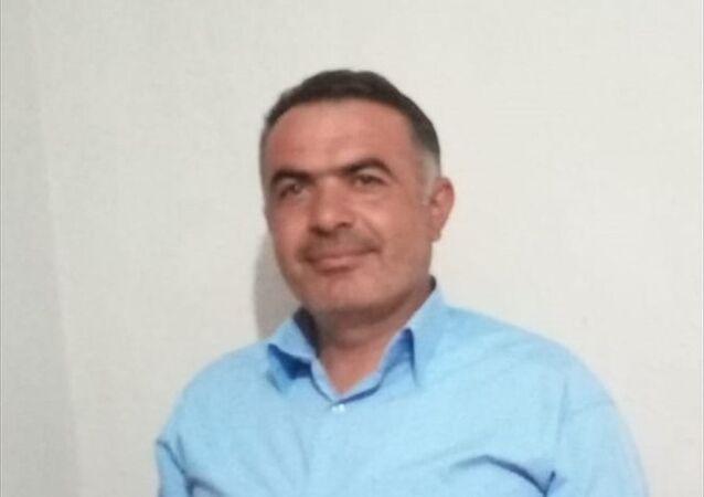 Isparta'nın Yalvaç ilçesine bağlı Çetince köyünde, yedi ayda beşinci muhtar Mehmet Almacı (fotoğafta) göreve getirildi.