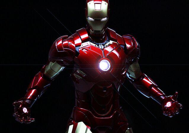 Iron Man (Demir Adam)
