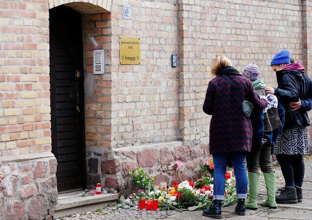 Halle kentinde aşırı sağcı bir Alman'ın düzenlediği saldırı