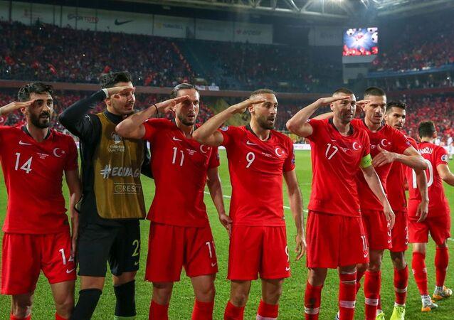 A Milli Futbol Takımı, 2020 Avrupa Şampiyonası Elemeleri H Grubu'nda Arnavutluk'u 1-0 yendi.