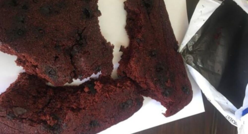 Esrarlı kek yapan öğrenciye esrarın zararlarıyla ilgili makale yazma cezası verildi