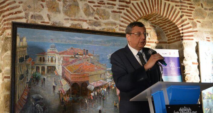 Rusya Federasyonu İstanbul Başkonsolosu Andrey Buravov serginin açılışında konuştu.