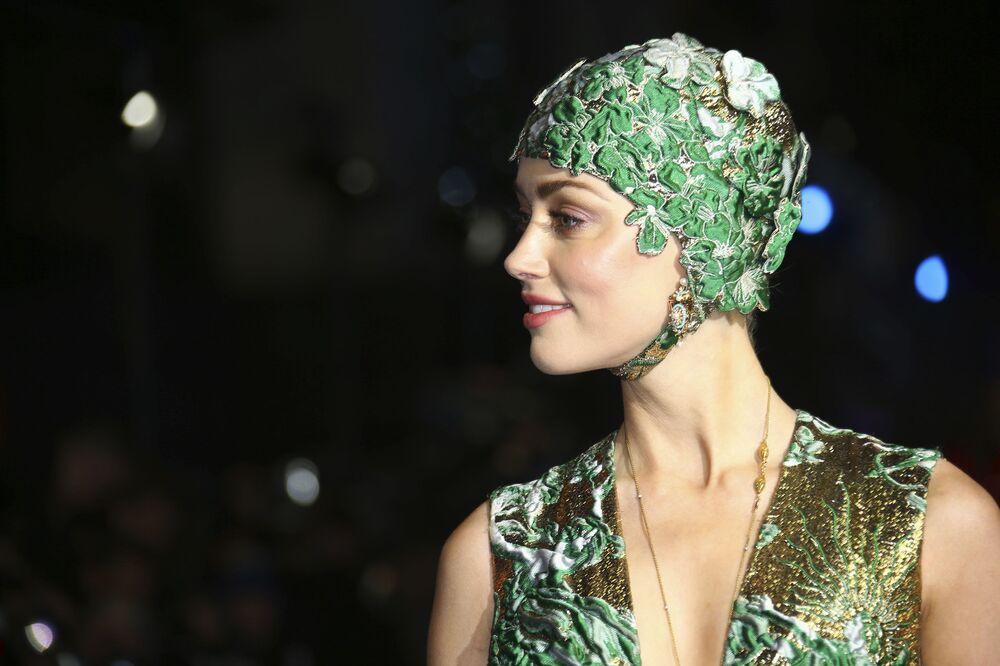 Dünyanın en güzel 10 kadını listesinin 3. sırasında ise  yüzde 91,85 ile ABD'li oyuncu Amber Heard yer aldı.