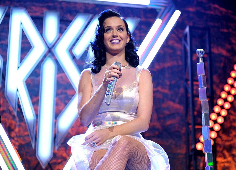 Listenin 9. sırasına yerleşen ABD'li şarkıcı Katy Perry