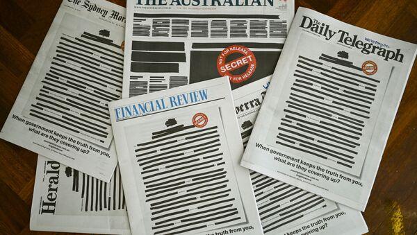 Avustralya'da bugün tüm gazeteler, hükümetin basına yönelik kısıtlamalarına karşı ilk sayfalarını kararttı. - Sputnik Türkiye