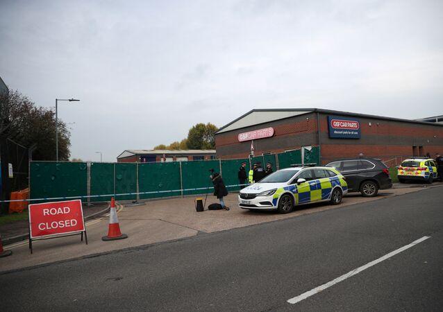 İngiltere'nin Essex bölgesinde bir kamyonda 39 ceset bulundu.