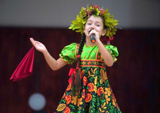 İstoki Festivali kapsamında Demre Belediyesi'nde düzenlenen konserden bir kare.