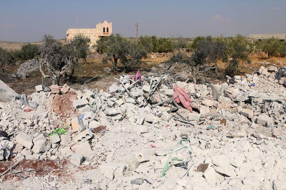 İdlib'in Barişa köyü yakınlarındaki operasyonda, ABD birlikleri helikopterle indirme yaparak çatışmaya girmişti.