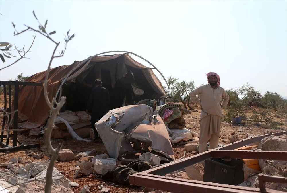 Kameralara yansıyan görüntülerden, bir evin yerle bir edildiği, bir aracın yandığı ve evlerin etrafındaki çadırların ve sivillere ait evlerin zarar gördüğü anlaşılıyor.