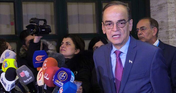 Suriye Anayasa Komitesi'nde muhalefeti temsil eden Hadi el Bahra