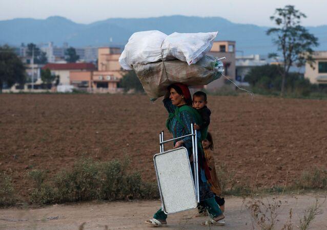 Pakistan'da yoksulluk ve çocuklar