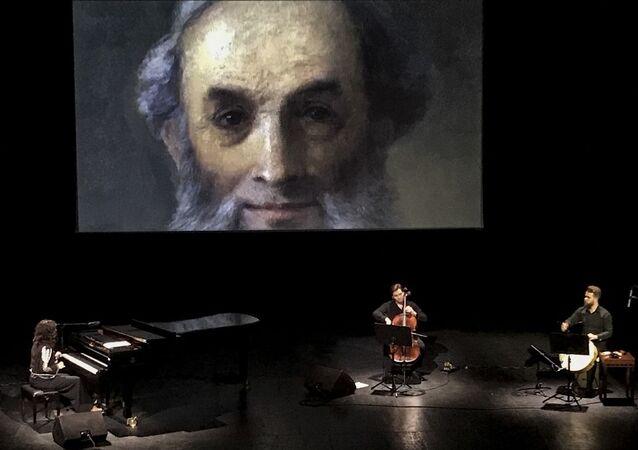 Ünlü Rus ressam İvan Ayvazovski, doğumunun 202'inci yılında Rusya'nın başkenti Moskova'da düzenlenen konserle anıldı