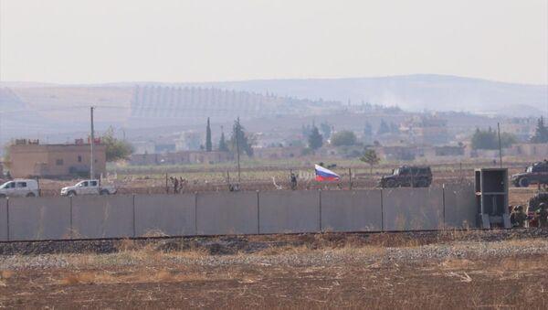 Türk ve Rus askerleri, Fırat'ın doğusunda ikinci ortak kara devriyesi - Sputnik Türkiye