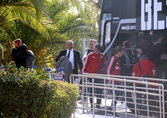 UEFA Avrupa Ligi K Grubu 4. hafta maçında yarın Braga'ya konuk olacak Beşiktaş Futbol Takımı, Portekiz'e gitti.