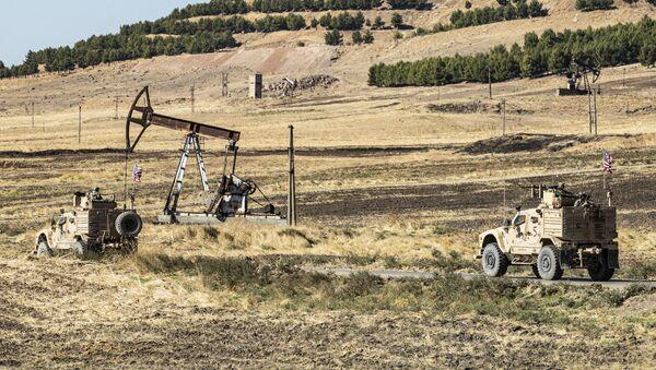 Suriye-petrol-ABD askeri - Sputnik Türkiye