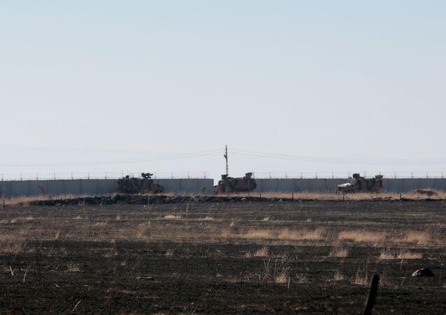 Ortak devriye görevi ilk kez farklı bir güzergahtan geçip  doğudan Suriye-Türkiye sınırı boyunca uzandı.