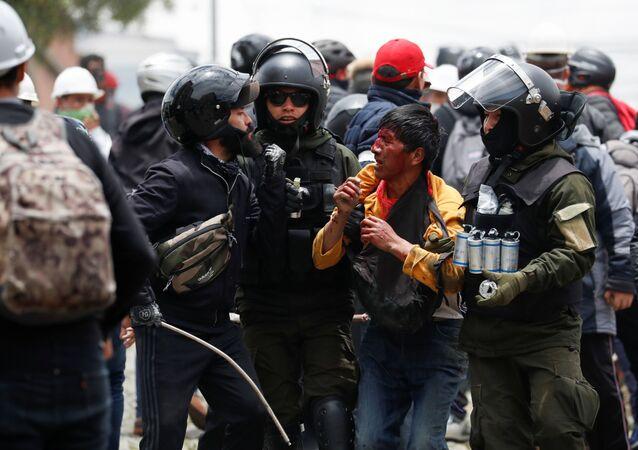 Bolivya'da Morales destekçilerine sert müdahale