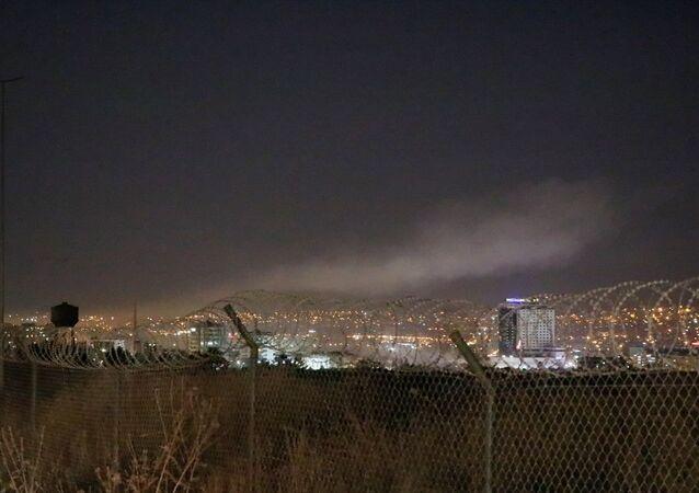 Şanlıurfa'daki 20. Zırhlı Tugay Komutanlığında patlama olduğu ihbarı üzerine bölgeye ambulans ve itfaiye ekipleri sevk edildi.