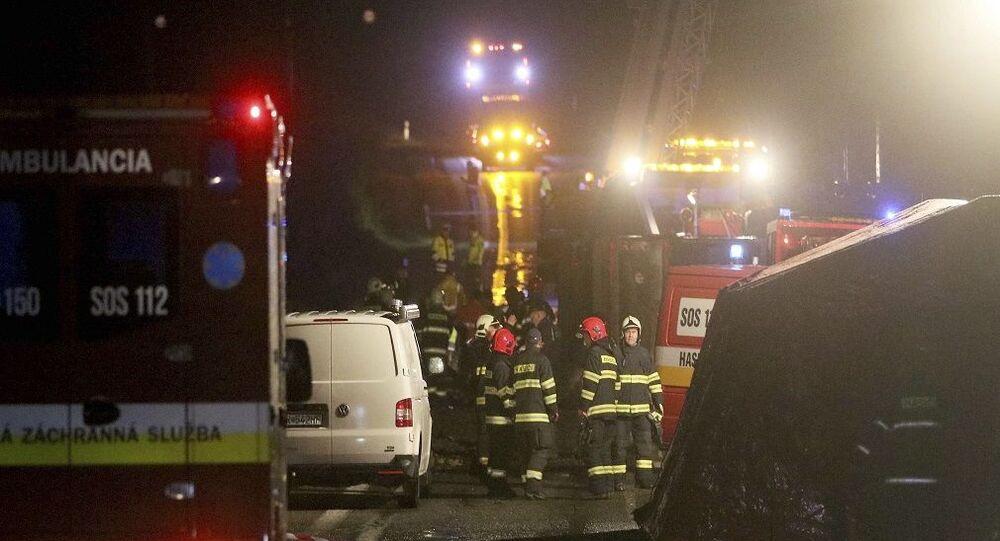 Slovakya'da meydana gelen trafik kazasında 13 kişi hayatını kaybetti, 20 kişi yaralandı.