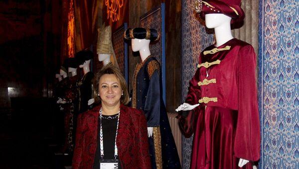 Rusya'da gerçekleşen Türkiye'nin özel statü sıfatında katıldığı 8. St. Petersburg Uluslararası Kültür Forumu kapsamında, Osmanlı Kaftanları Sergisi açıldı - Sputnik Türkiye