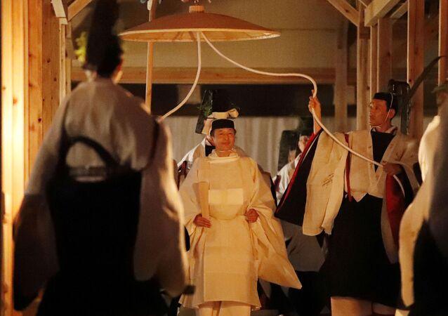 Japonya İmparatoru Naruhito, 'Daijosai' için Yukiden'e girerken