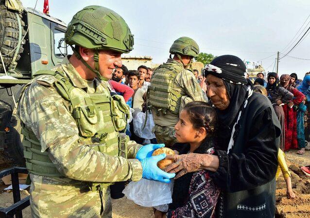 Milli Savunma Bakanlığı, Rasulayn'da hayatın normale dönmesi için çalışmalara devam edildiğini açıkladı.