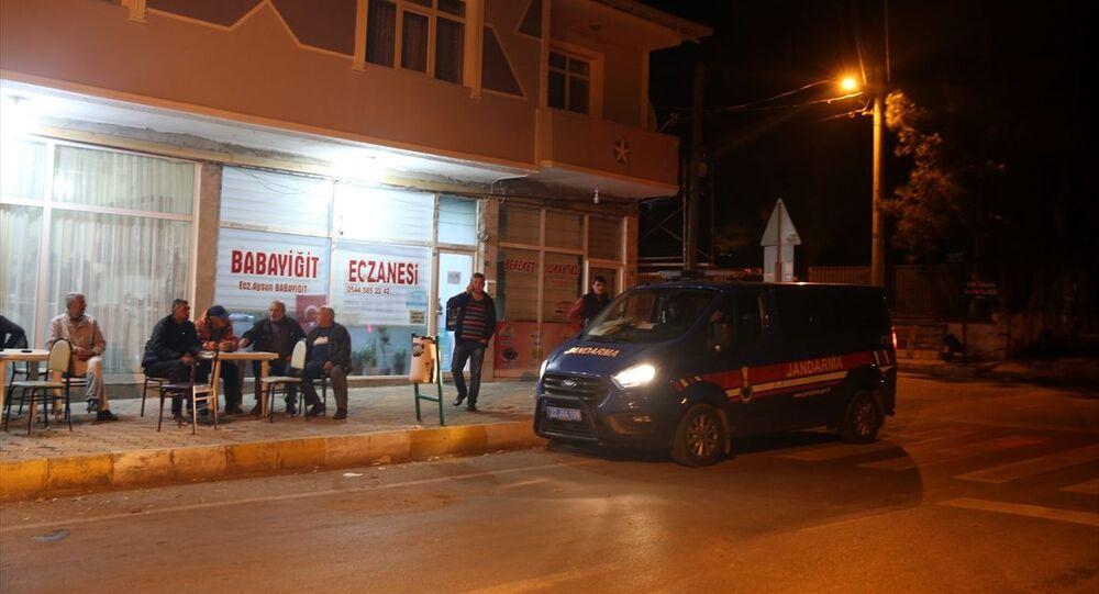 Edirne'de kahvehanenin önünde oturanlara bir grup tarafından rastgele ateş açılması sonucu 11 kişi yaralandı