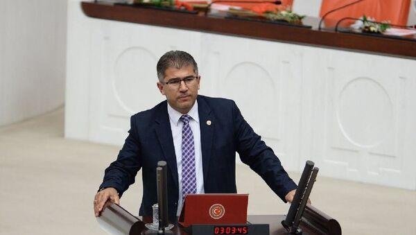 AK Partili Nihat Öztürk - Sputnik Türkiye
