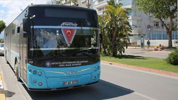 Antalya - Özel Halk Otobüsü - Sputnik Türkiye