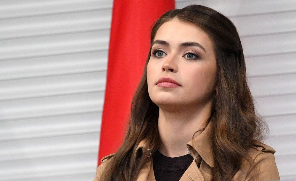 2018 yılında Belarus Güzeli Yarışmasını kazanan 22 yaşındaki Mariya Vasileviç, ülkede  yapılan genel seçimlerde oyların yüzde 28,9'unu alarak meclise girmeyi başardı.