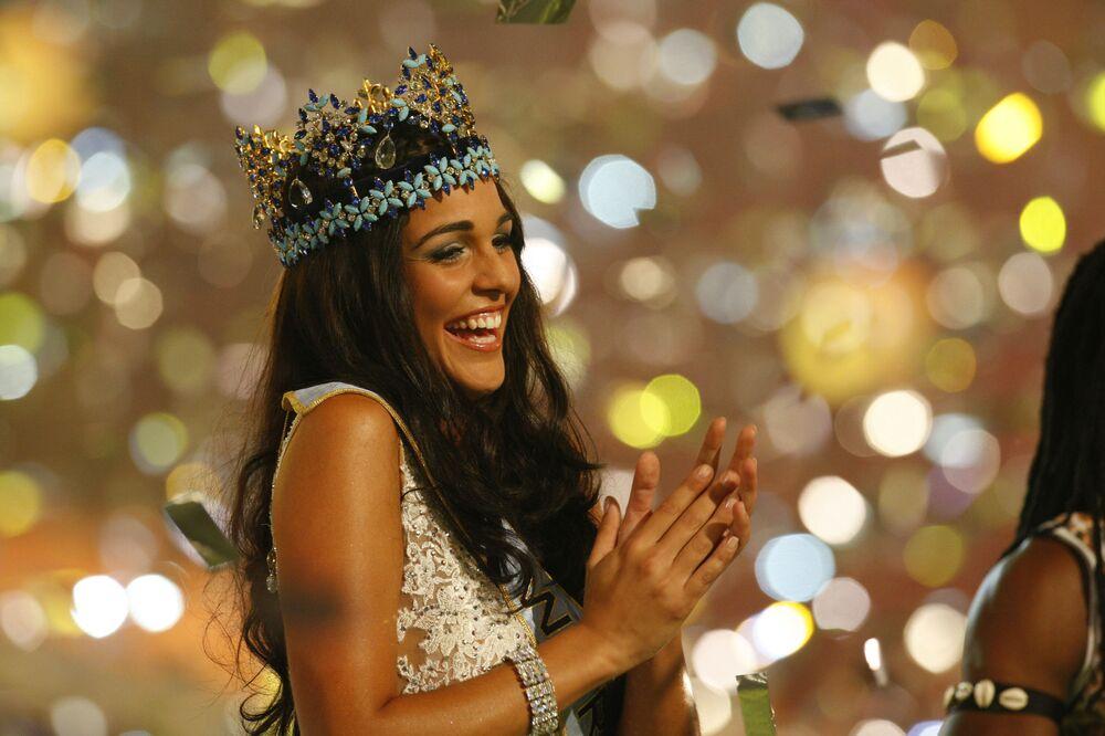 2009'da Dünya Güzeli seçilen Kaiane Lopez, Birleşik Krallığ'a bağlı olan Cebelitarık belediye başkanlığına seçildi.