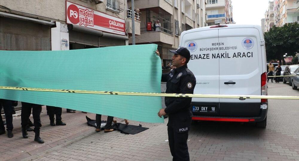 Mersin'de, çöp konteynerinde bebek cesedi bulundu