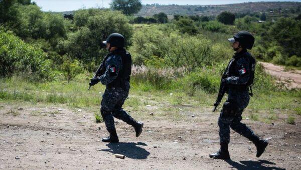 Meksika'da 5 polis öldürüldü - Sputnik Türkiye