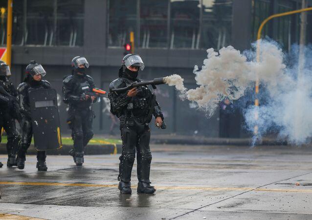 Kolombiya'da hükümet karşıtı protestola