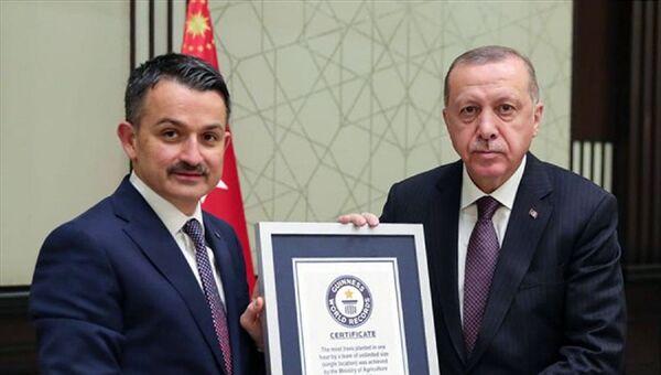 Bekir Pakdemirli - Recep Tayyip Erdoğan - Sputnik Türkiye