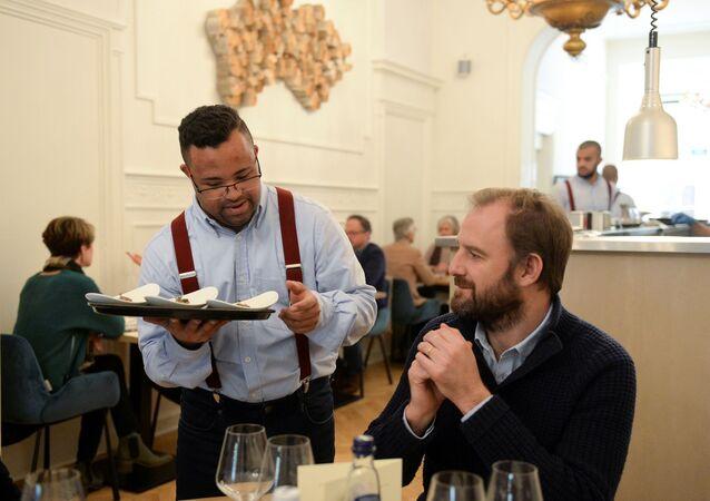Down Sendrolmluların çalıştığı restoran en iyi restoran seçildi