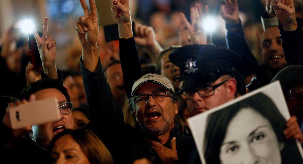 Araştırmacı gazeteci Galizia'ya yönelik suikast için Malta'da düzenlenen protestolar