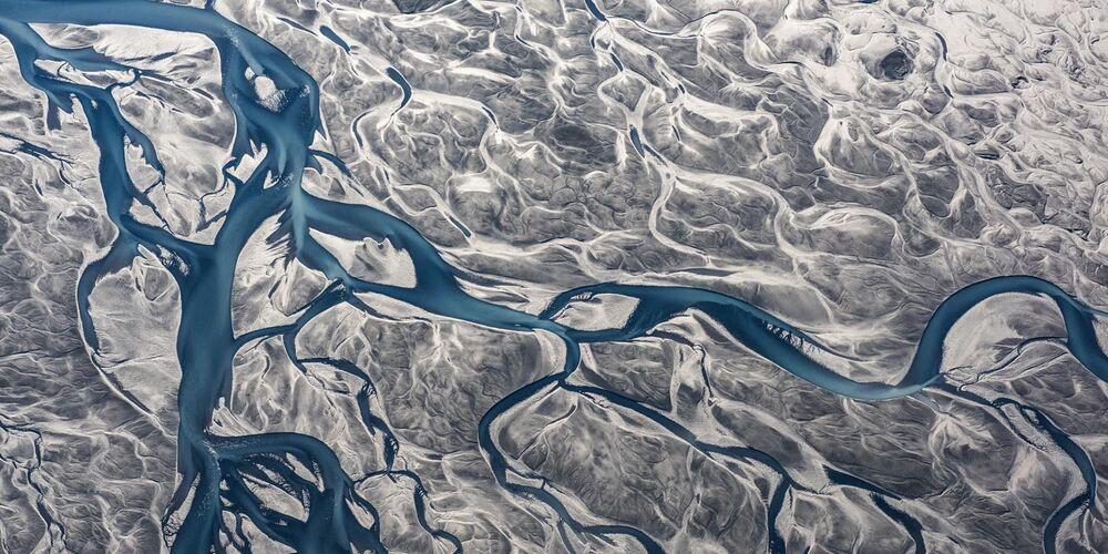 Epson Uluslararası Panoramik Fotoğraf Yarışması'nın Amatör - Manzara_Doğa kategorisinde en iyi ilk 50 çalışma arasında yer alan Polonyalı yarışmacı Kamil Bilinski'nin River isimli fotoğrafı.