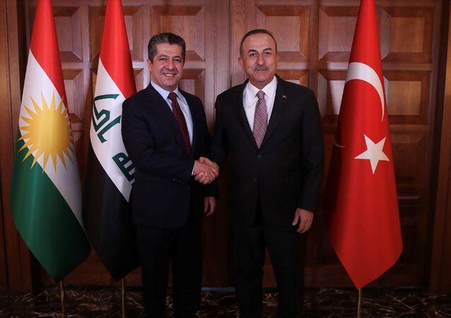 Dışişleri Bakanı Mevlüt Çavuşoğlu, IKBY Başbakanı Mesrur Barzani ile Dışişleri Bakanlığı Resmi Konutu'nda görüştü.