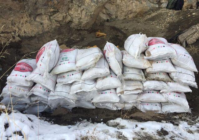Van'daki operasyonda kırsal alanda 2 ton amonyum nitrat bulundu