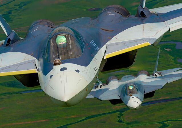 Su-57 çok fonksiyonlu 5. nesil avcı uçağı.