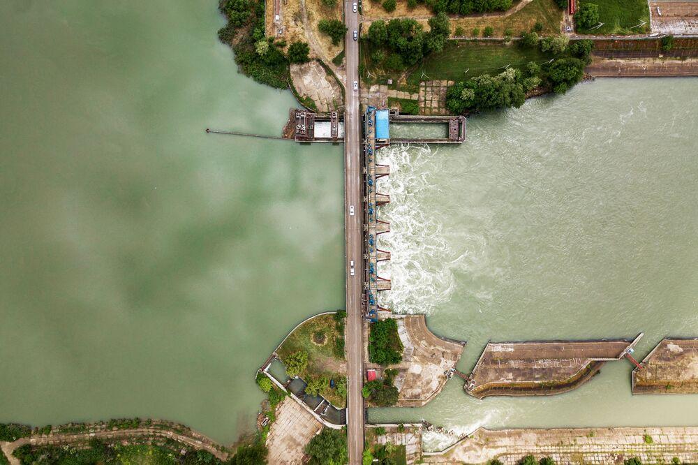Rusya'nın Krasnodar bölgesinde bulunan  Kuban Nehri üzerindeki Fedorov Barajı.