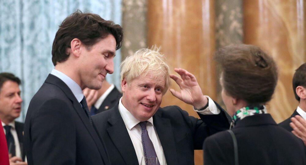 Boris Johnson ve Justin Trudeau