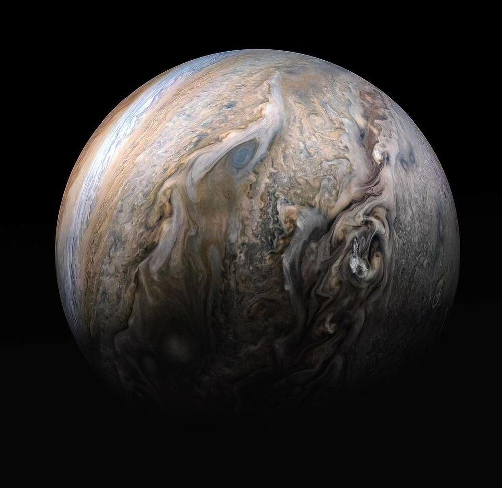 NASA'nın Juno uzay aracı tarafından görüntülenen Jüpiter gezegeni.