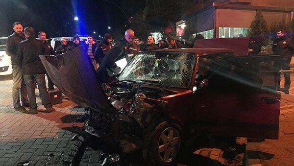 'Dur' ihtarına uymayıp kaçarken kaza yaptı, otomobilinden cephanelik çıktı - Sputnik Türkiye