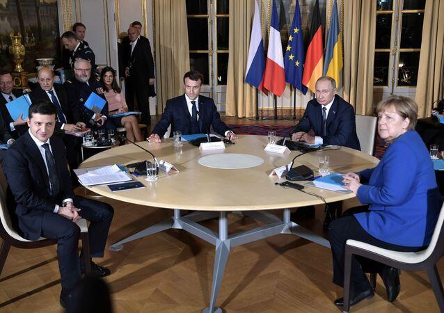 'Normandiya Dörtlüsü' zirvesi